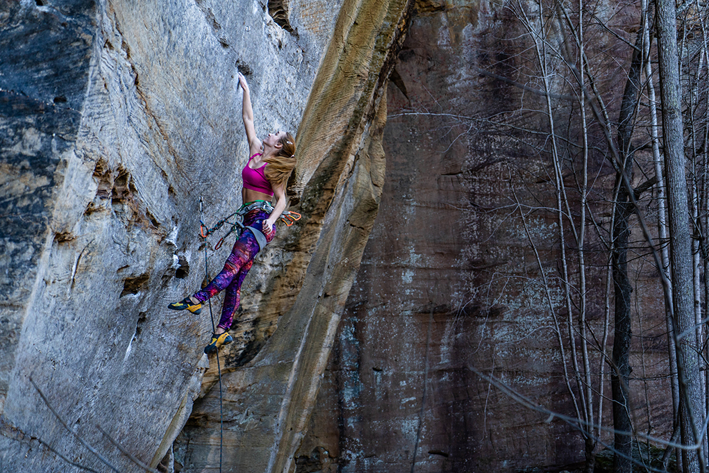 Brianna hucking for the jug on Dogleg, 5.12a