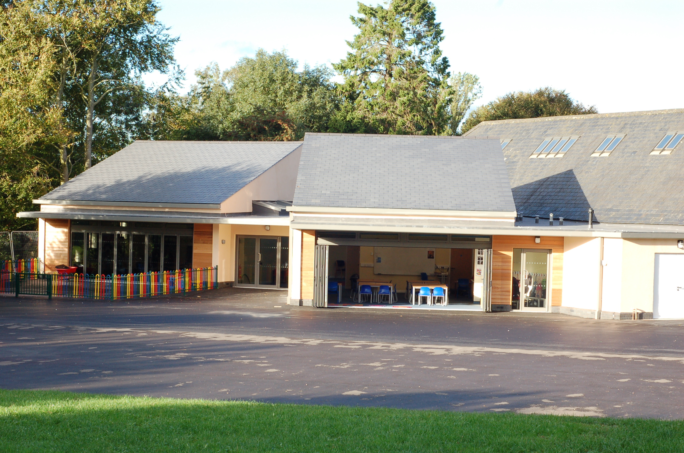 Reception and Year 4 classrooms, built 2013