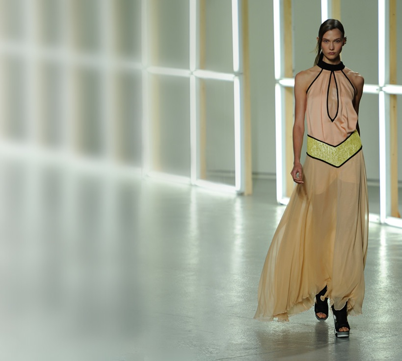 mercedes-benz-power-prinzessinnen-rodarte-new-york-fashion-week2_4.jpg