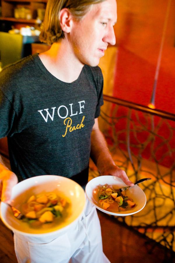 restaurant-photography-wolf-peach-service-0001.jpg