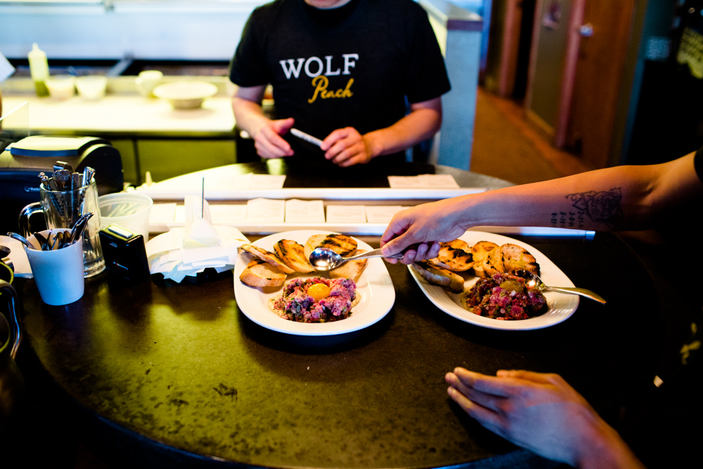restaurant-branding-food-photography-wolf-peach-0003.jpg
