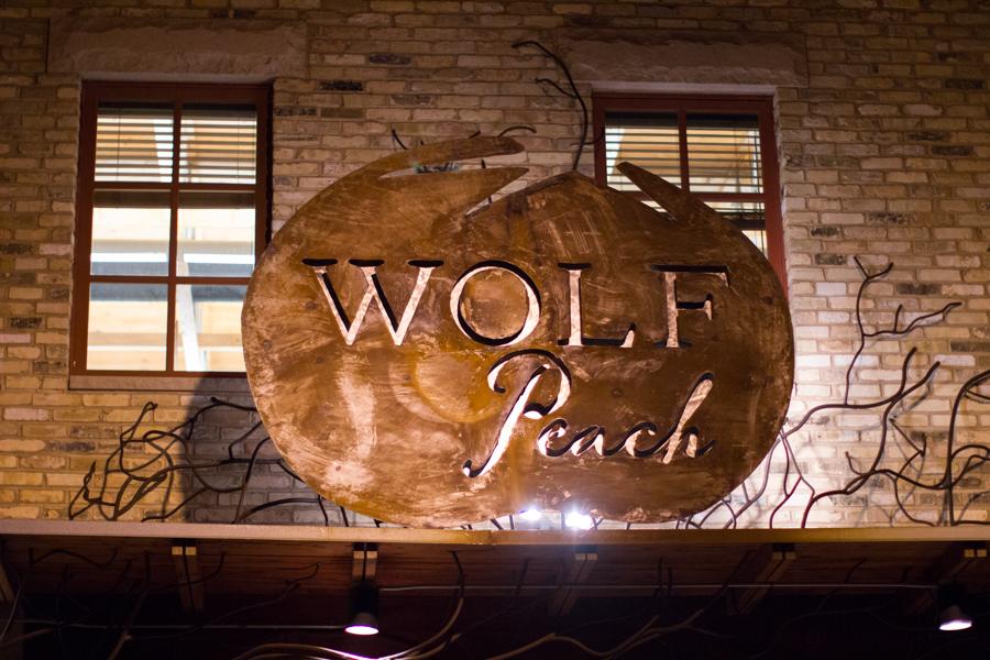 food-photography-milwaukee-chicago-wolf-peach-0052.jpg