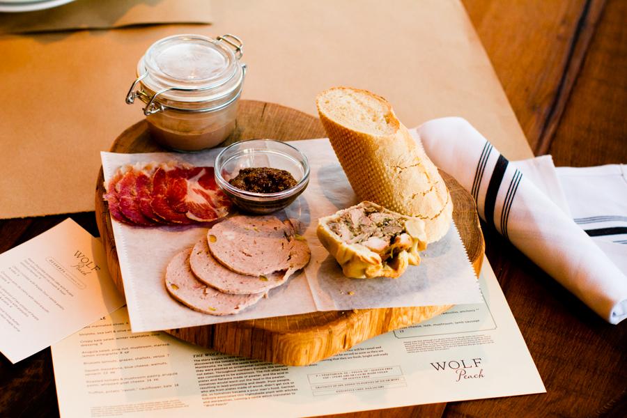 food-photography-milwaukee-chicago-wolf-peach-0051-2.jpg