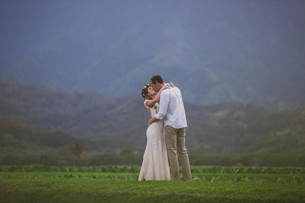 Victoria & Barry, Hanalei wedding