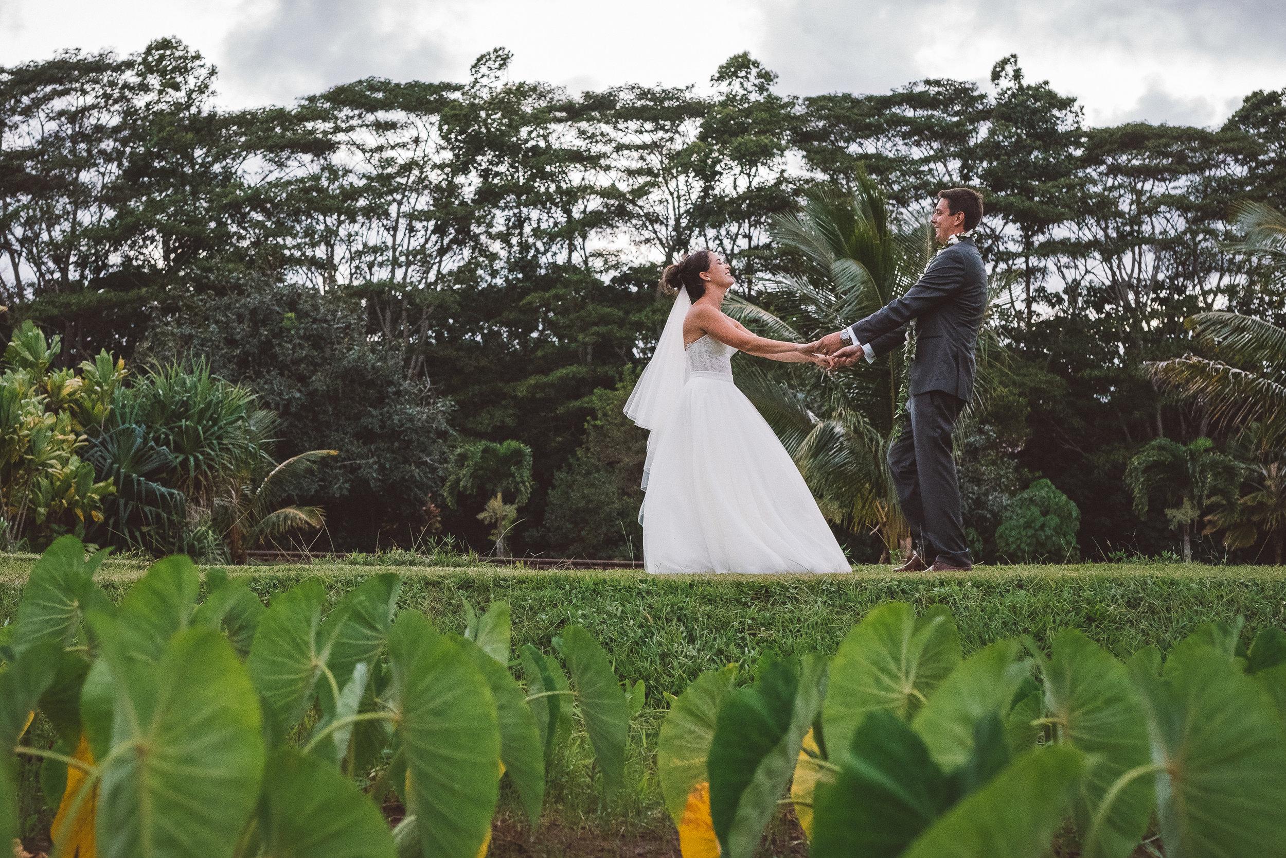 kauai wedding photograher couples family photograhy destination weddings loveblissimaging.com 006.jpg