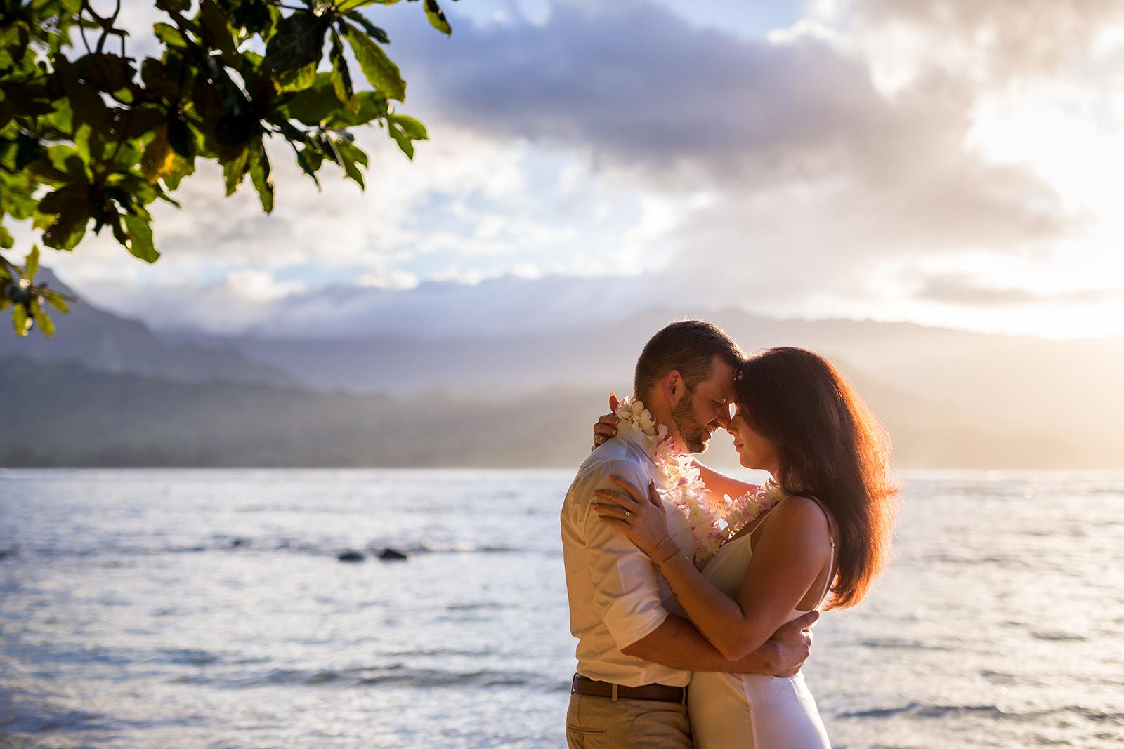 Jessica & Christian, Hanalei Bay wedding