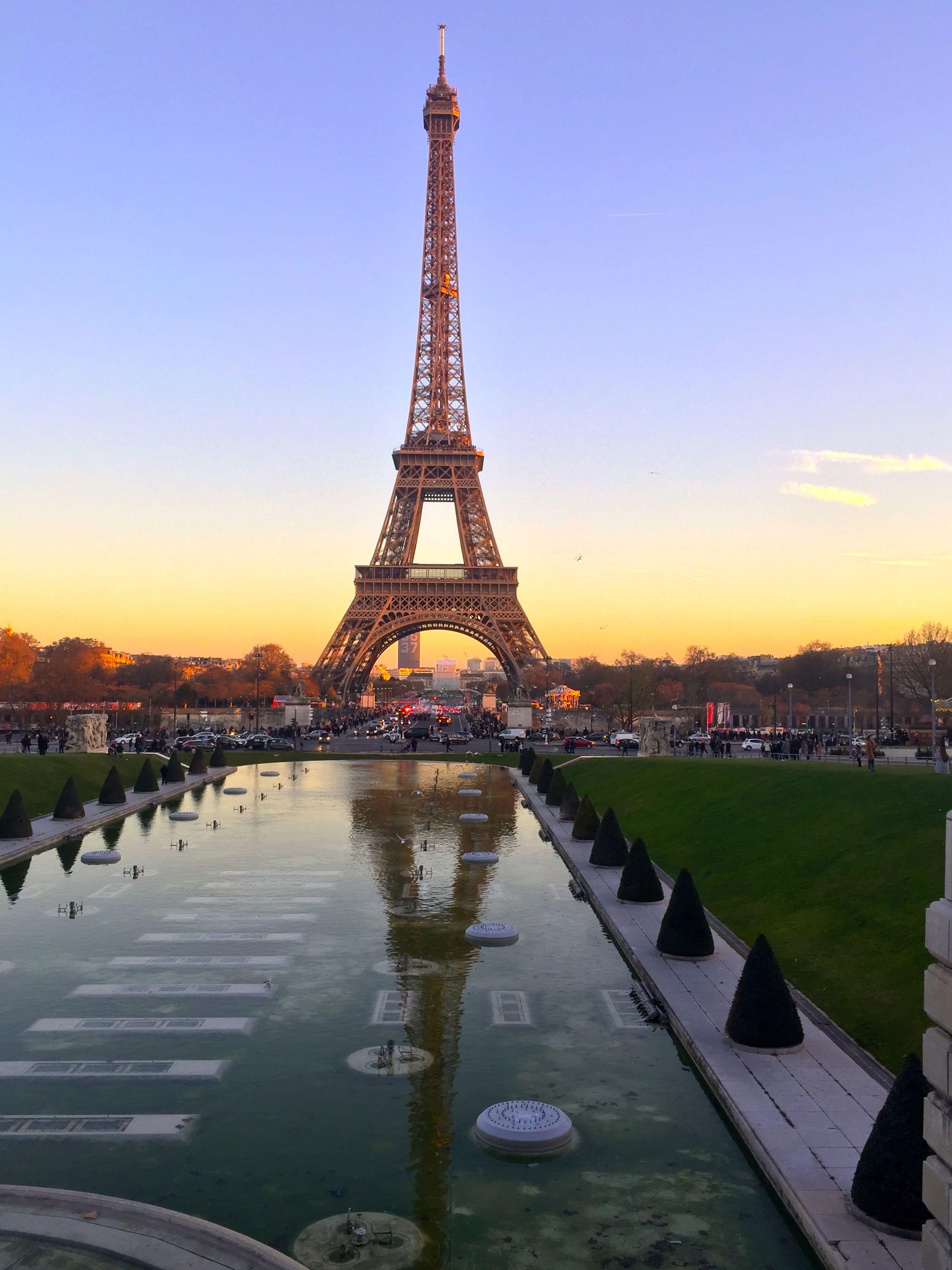 ParisByNight_1.jpg