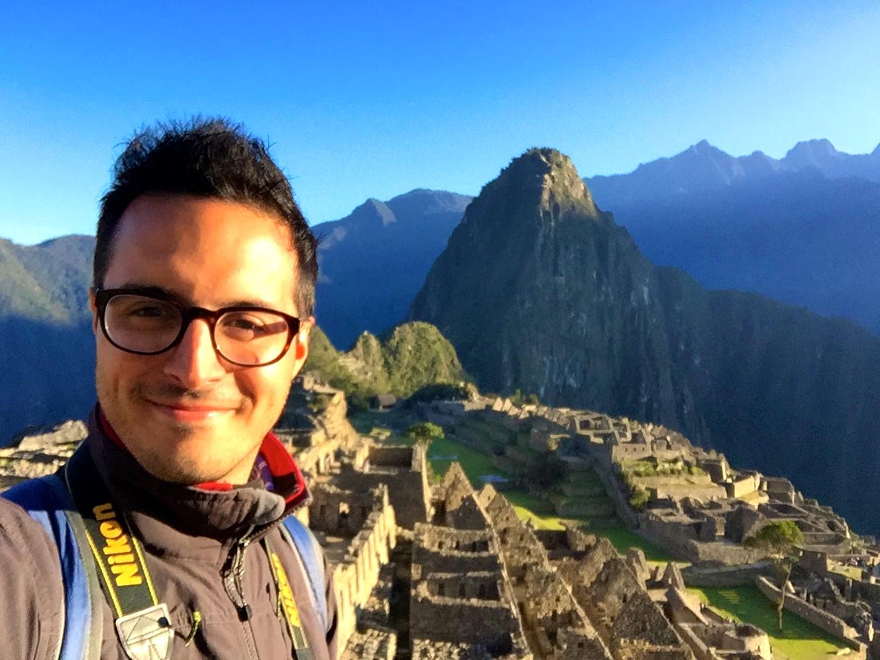 Taking it all in at Machu Picchu, Perú.