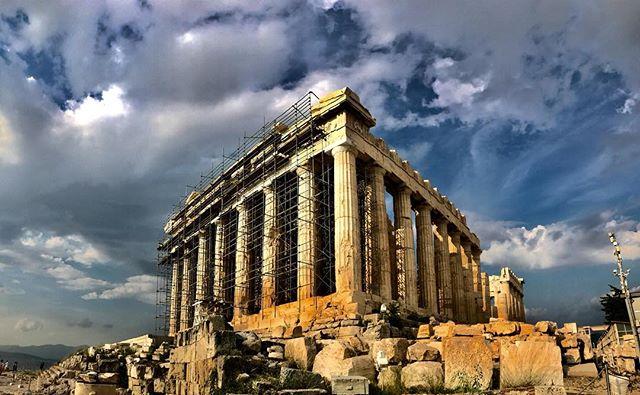 """Earth proudly wears the Parthenon as the best gem upon her zone."" -Ralph Waldo Emerson . . . #athens #greece #greekmythology #acropolis #artofwanderlust #wanderlust #travel #explore #ralphwaldoemerson"