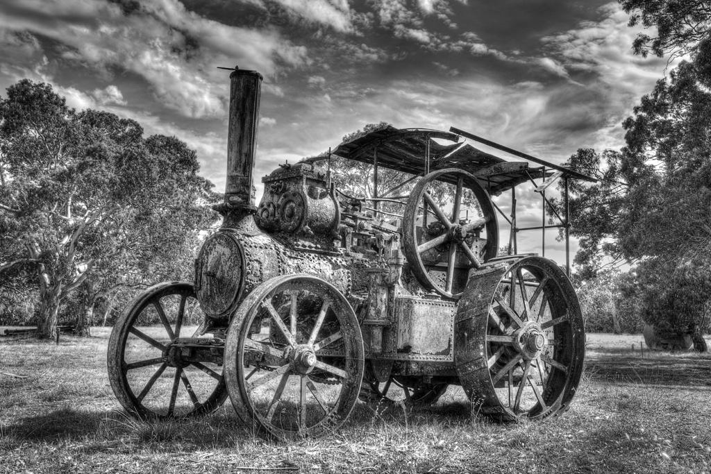 61_holros_Steam-Tractor.jpg