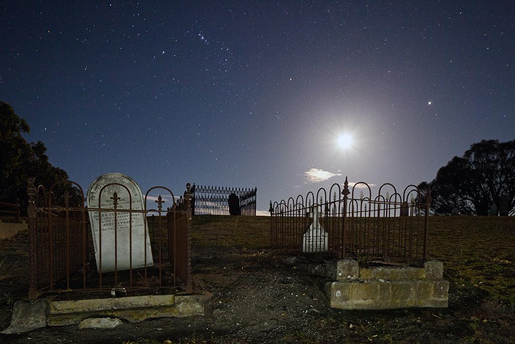 16_TriAld_Cemetery_Night.jpg