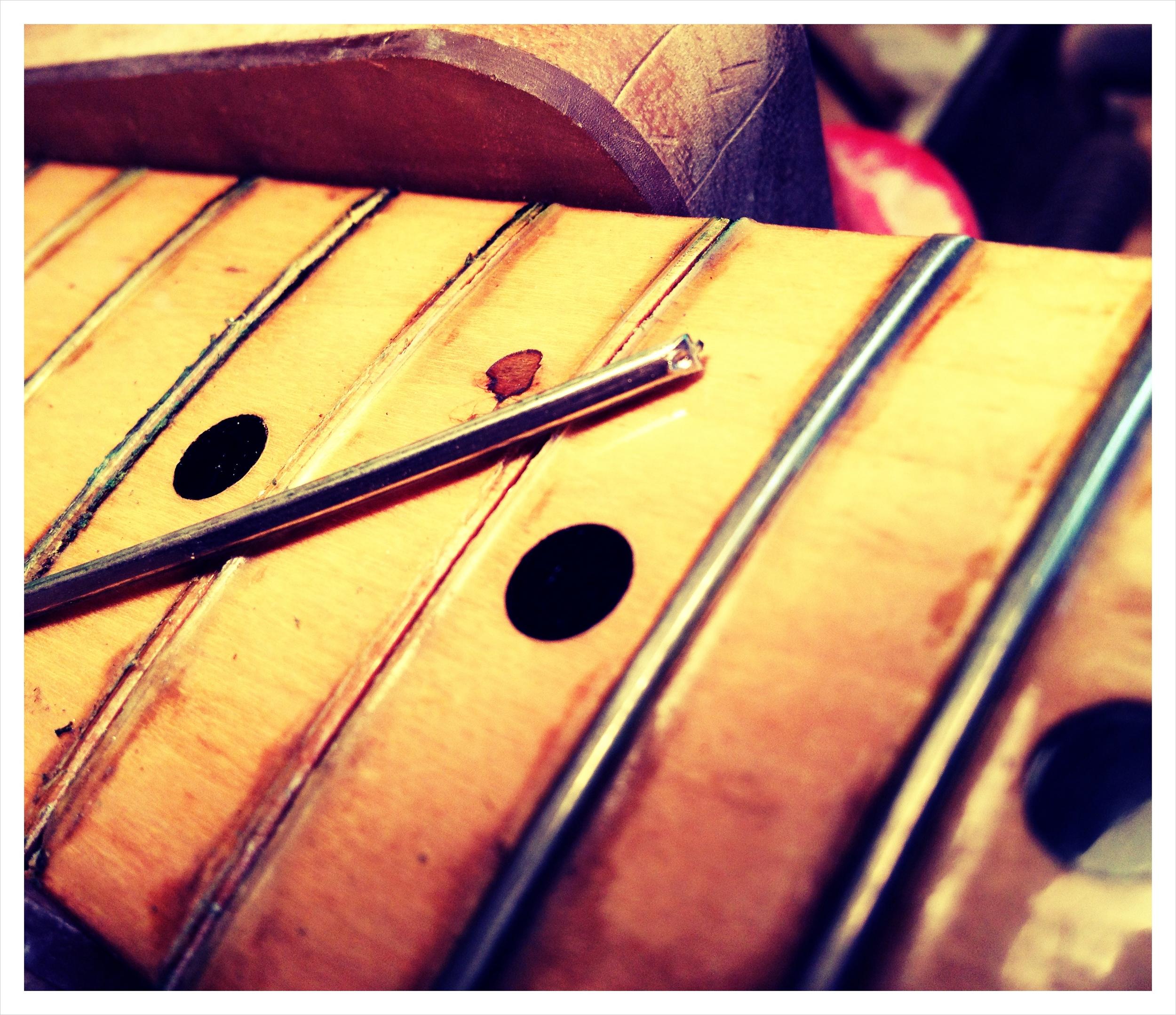 Refret Seventies Fender