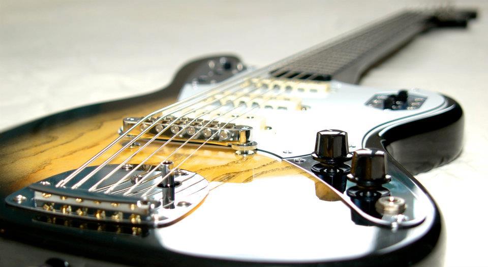 custom bass bassmaster 6 - 001.jpg