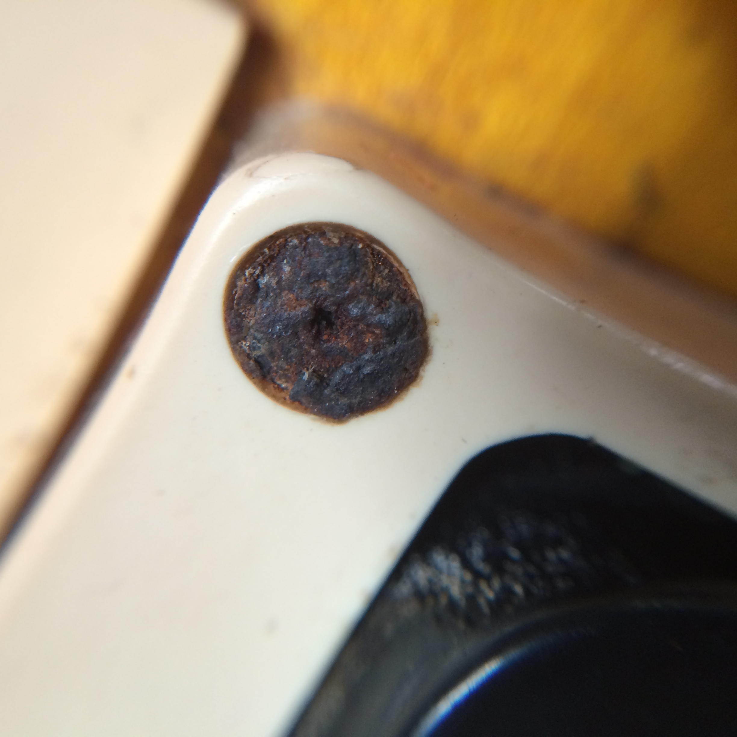 Guitar Screw Corrosion