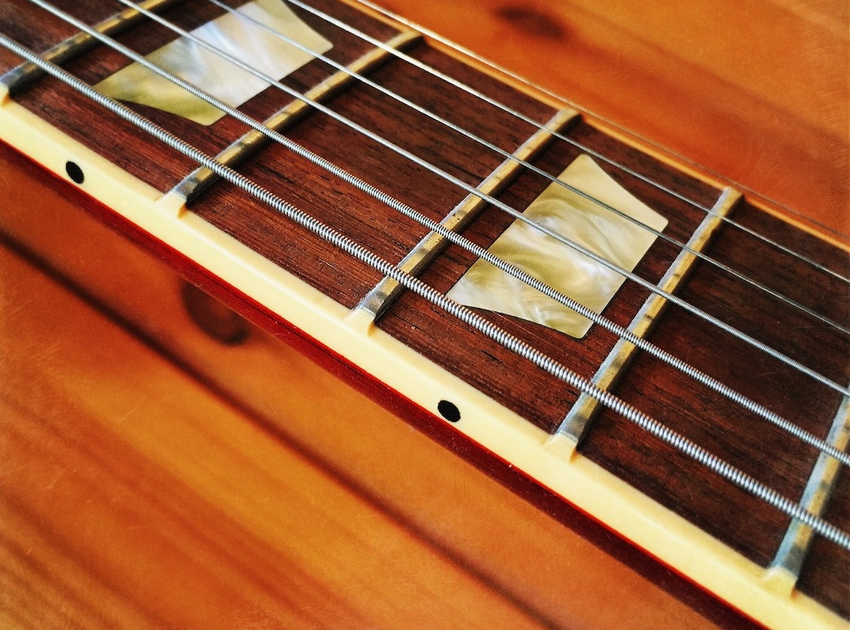 Gibson's binding fret 'nibs' can cause problems when it comes time to refret