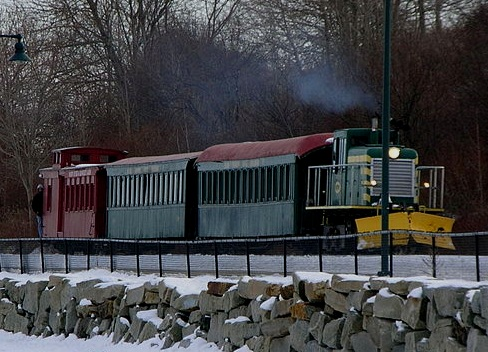 800px-Maine_Narrow_Gauge_Railroad.jpg
