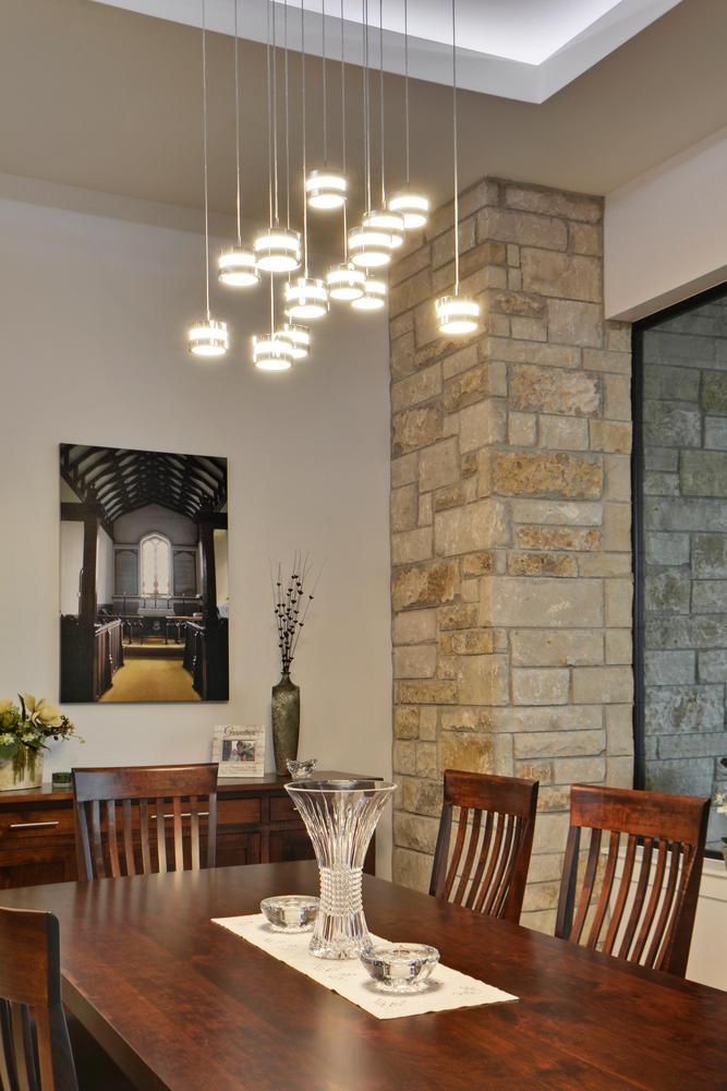 8101 Magnolia Ridge Cove-large-017-25-Kitchen and Breakfast 04-668x1000-72dpi.jpg
