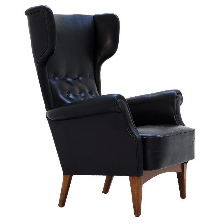 6c wingback chair.jpg