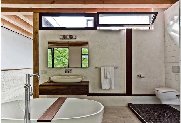clerestory bathroom.JPG