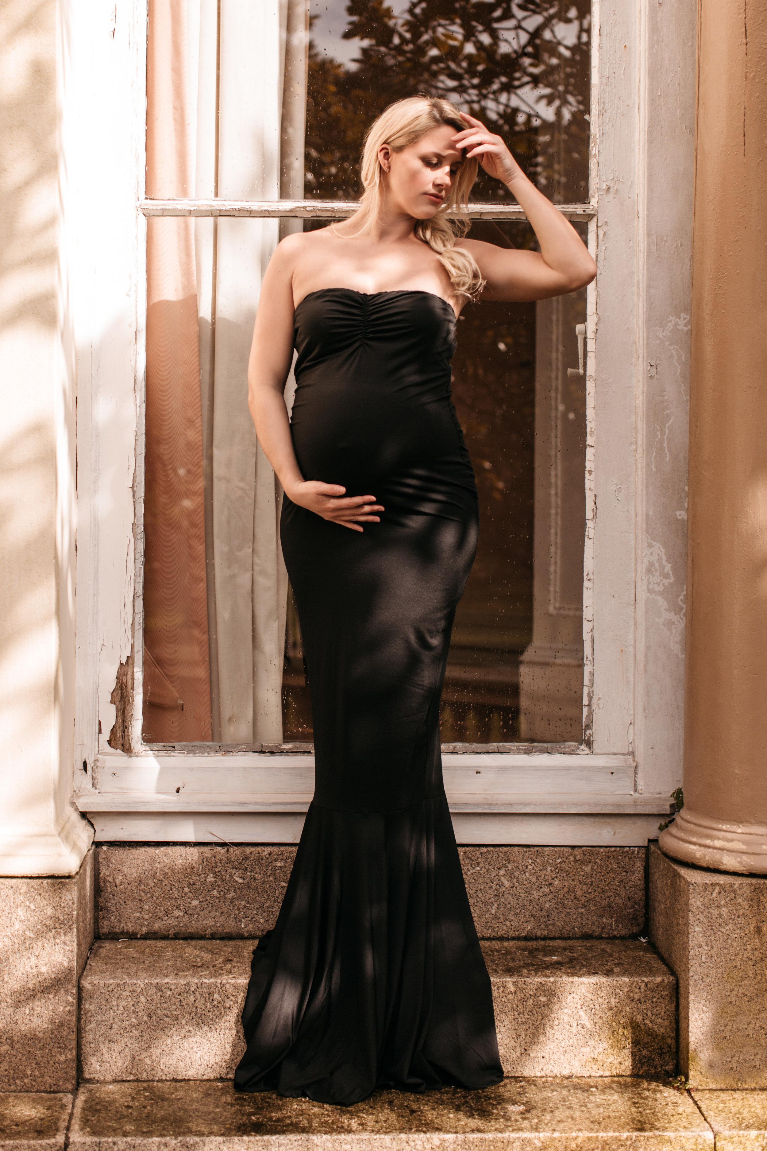 emma barrow maternity pregnancy portrait photo shoot plymouth