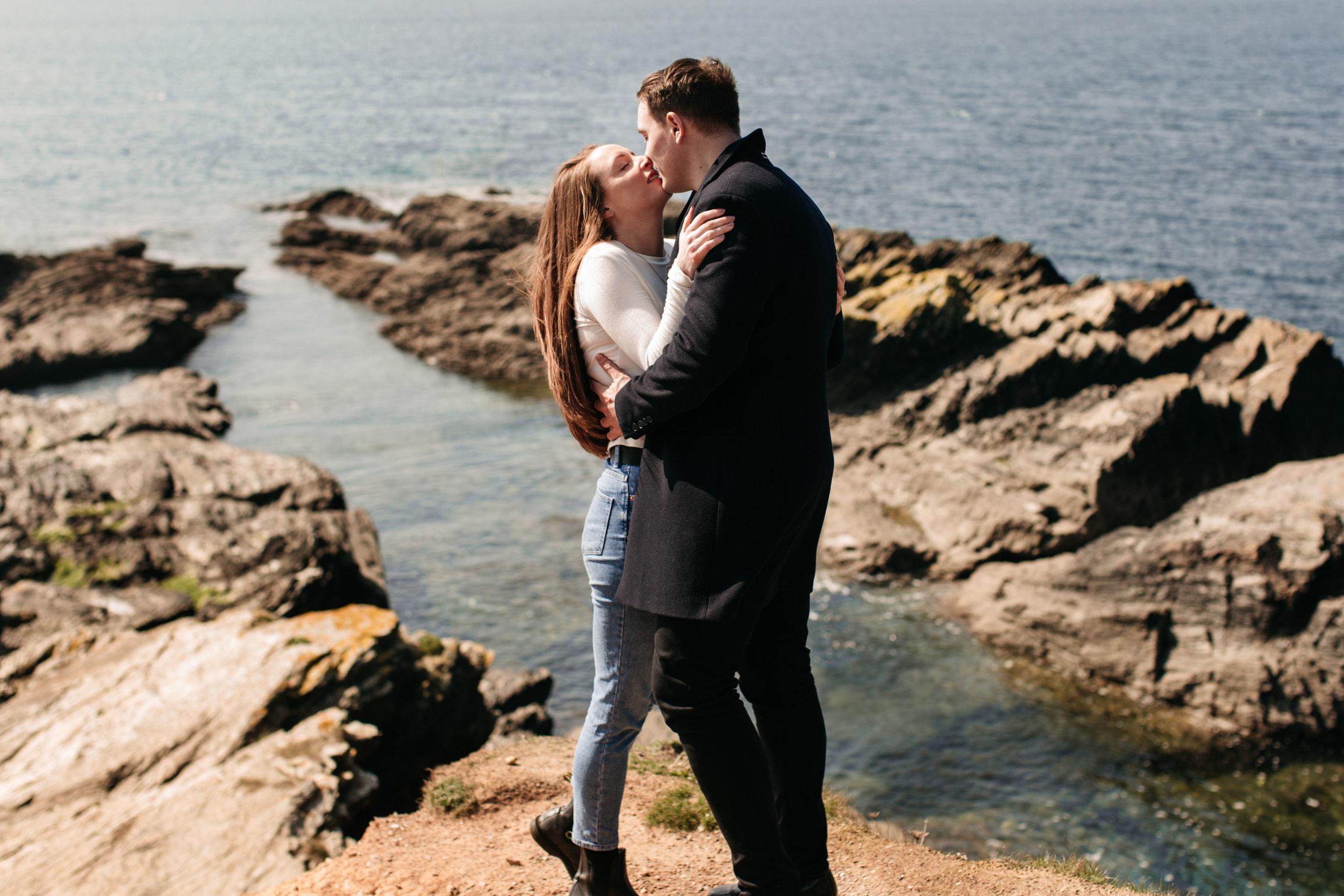 emma barrow pre wedding photography hayley james plymouth beach