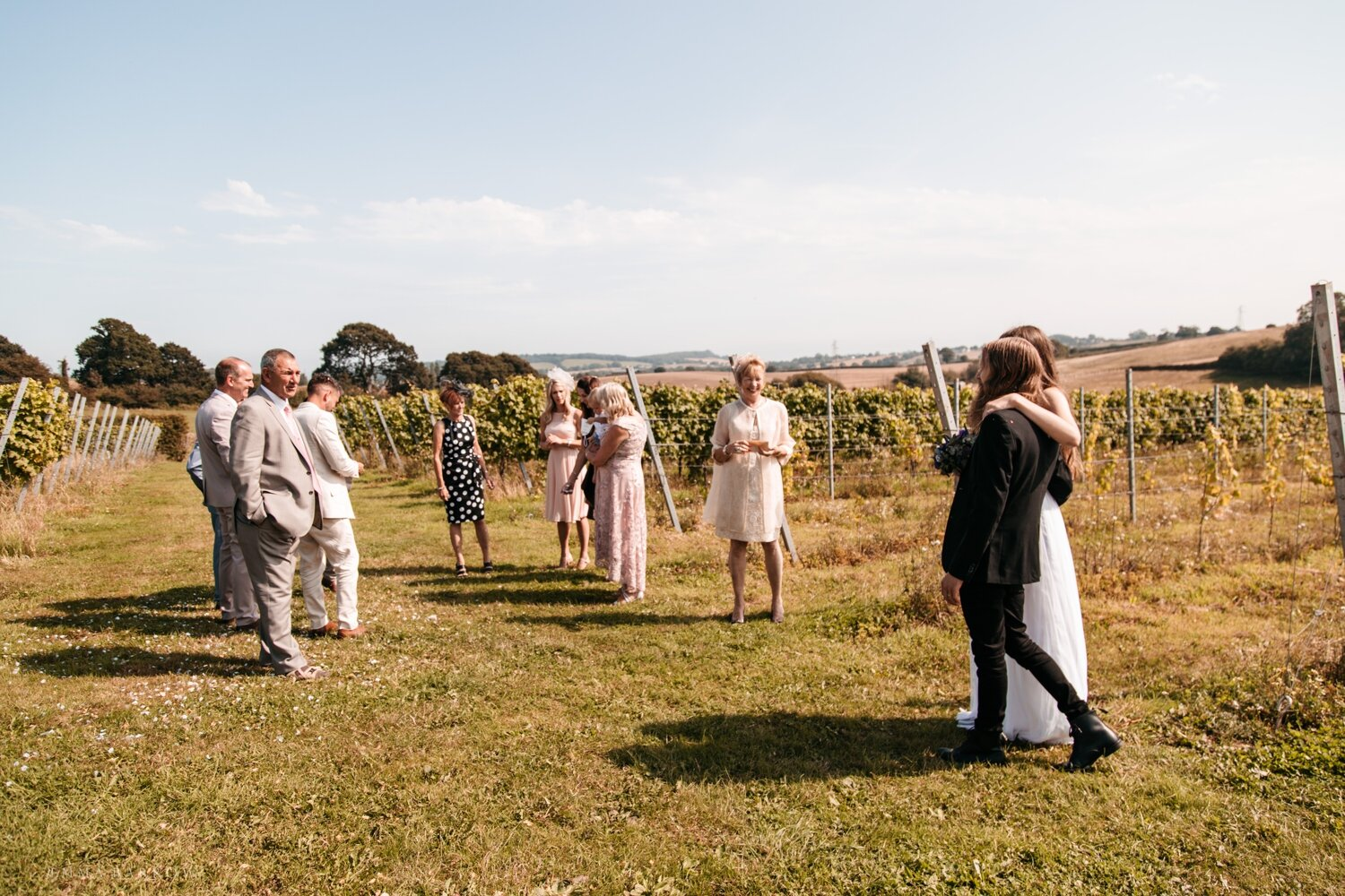 emma barrow wedding photographer brick house vineyard exeter elopement
