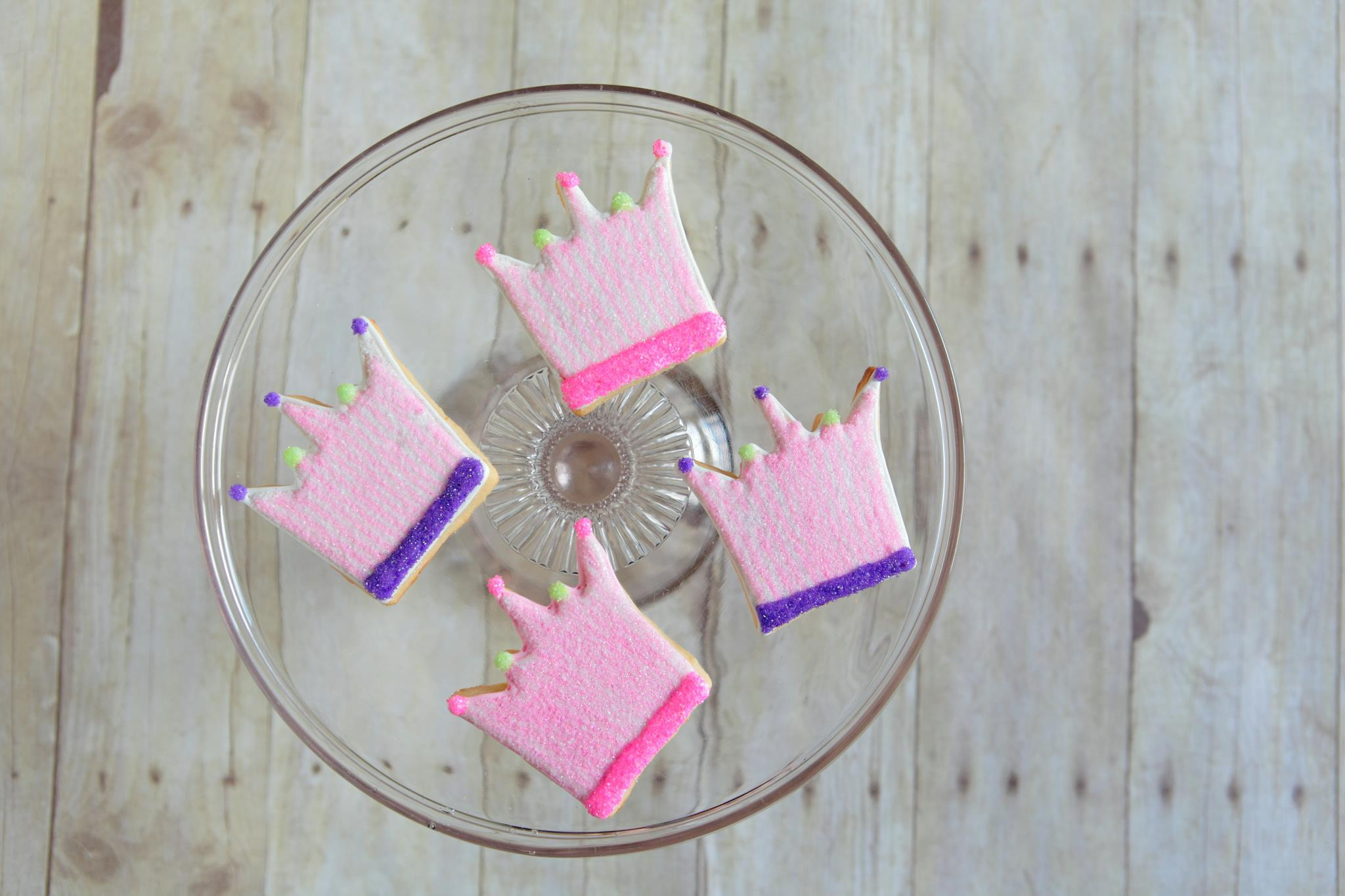 Crown cookies for your little princess!