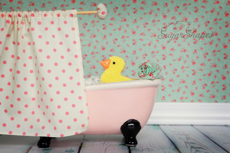 cookie-rubber-duck-bathtub.jpg