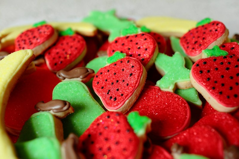 strawberry-banana-fruit-platter-cookie.jpg