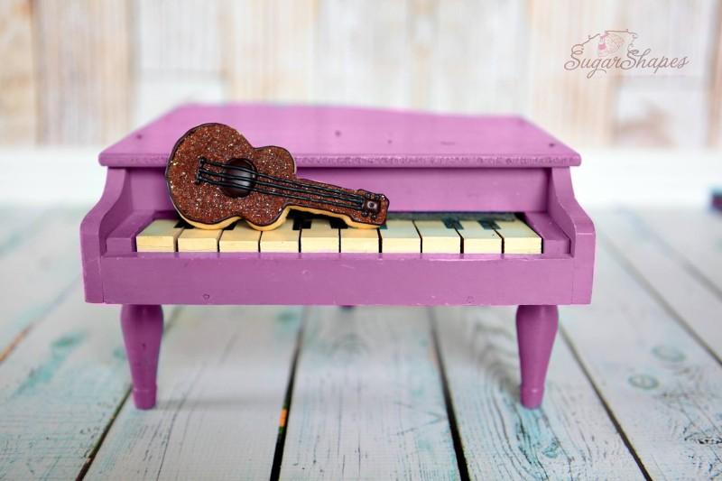 violin-cookie.jpg