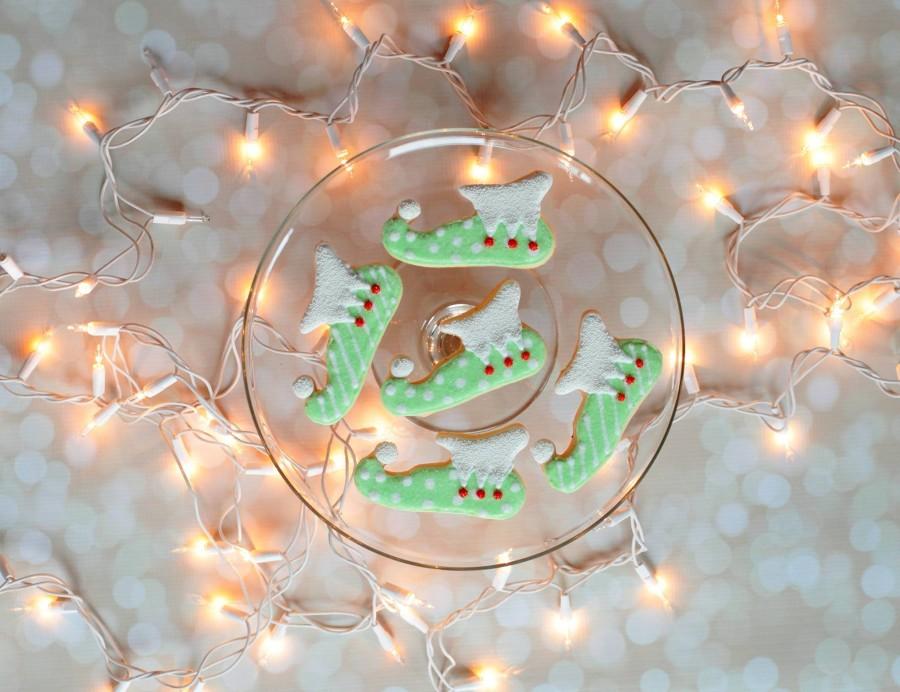 elf-shoe-cookies