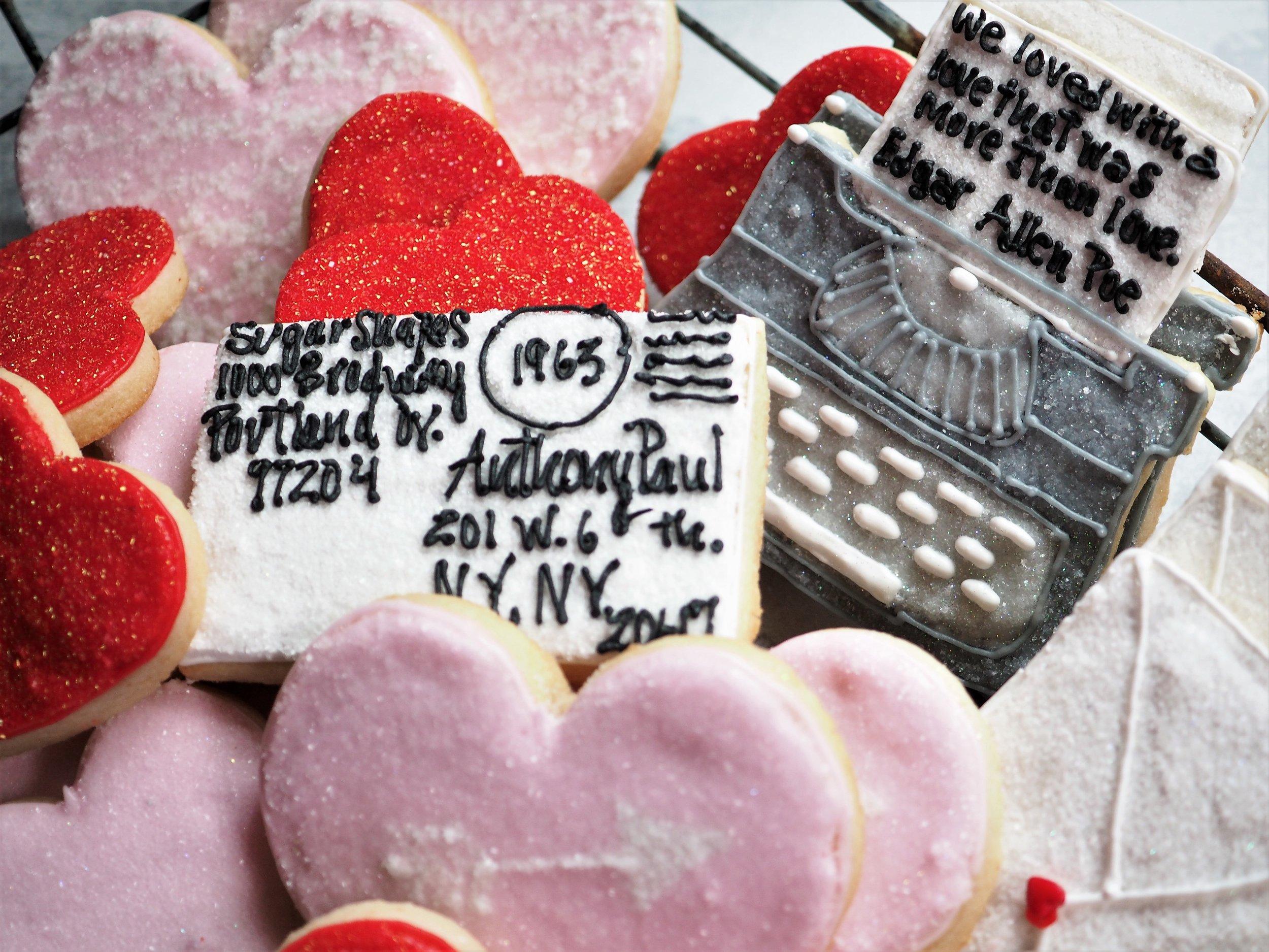 typewriter-hearts-postcard-cookies