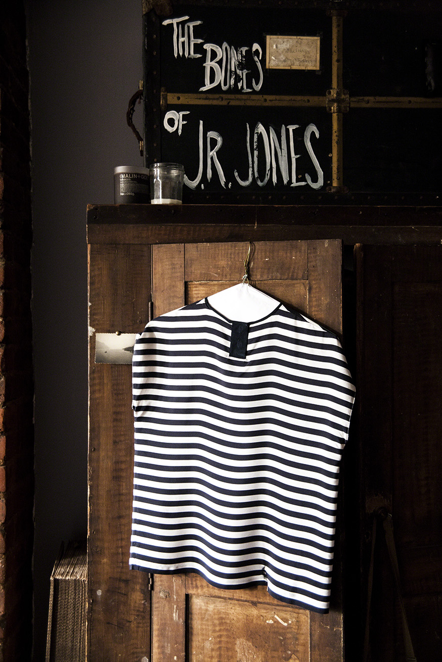 bones-of-jr-jones-12.jpg