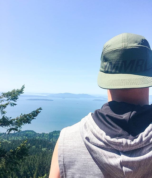 🔛🔝 . . . #thatsimmoral #wearthecrown #apparelbrand #fashion #pnw #snapback #headwear #seattlefashion #design #streetwearbrand #streetstyle #apparel #clothingline #lifestylebrand #newclothingbrand #brandlaunch  #campcap #seattlefashion #lookbook #fashiondesign #style #cap #snapbackhat