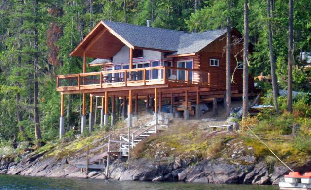 "Log Home utilizing RB 6x6"" Cedar logs"