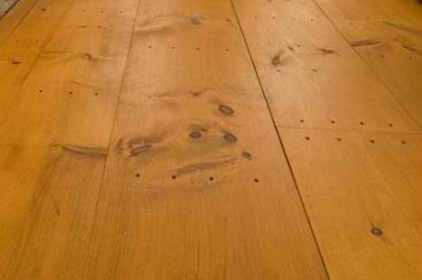 Pine-Flooring-w.jpg