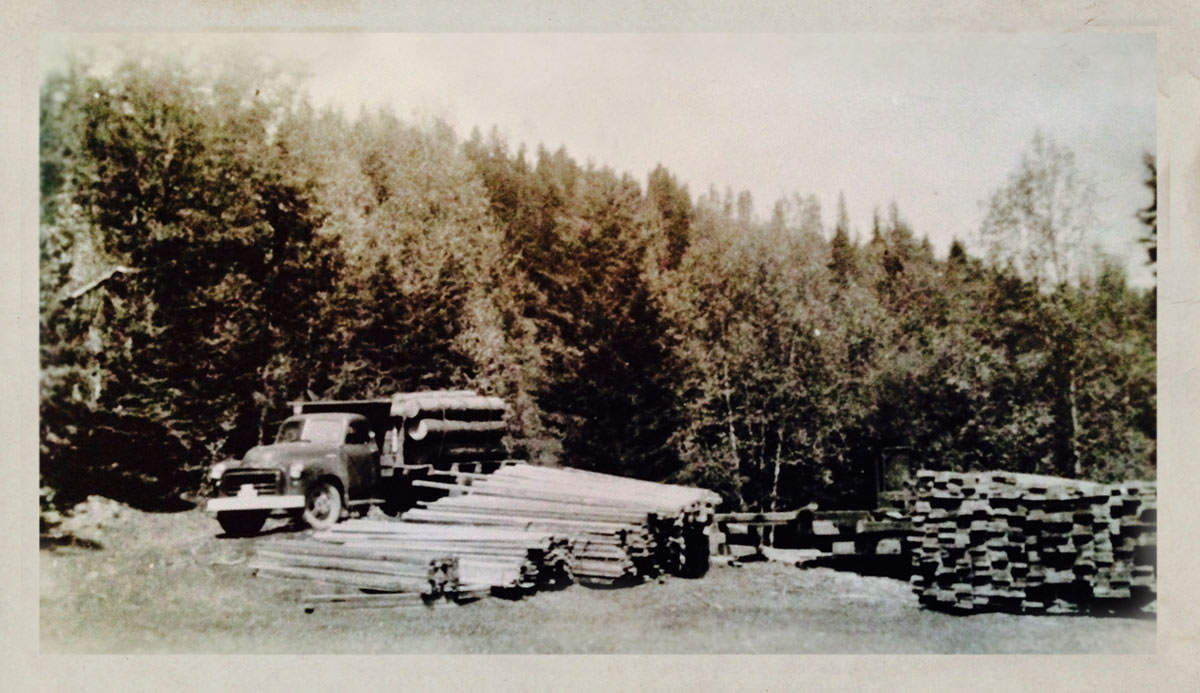 The Rouck Portable Sawmill - 1948