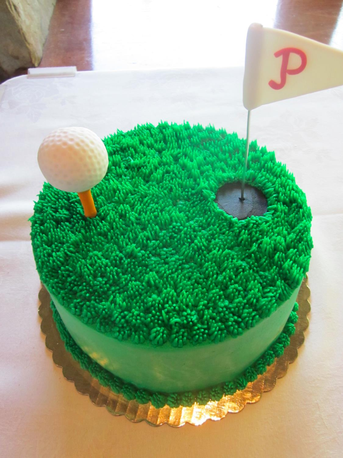 Loves the Phillies and Golf Grooms Cake