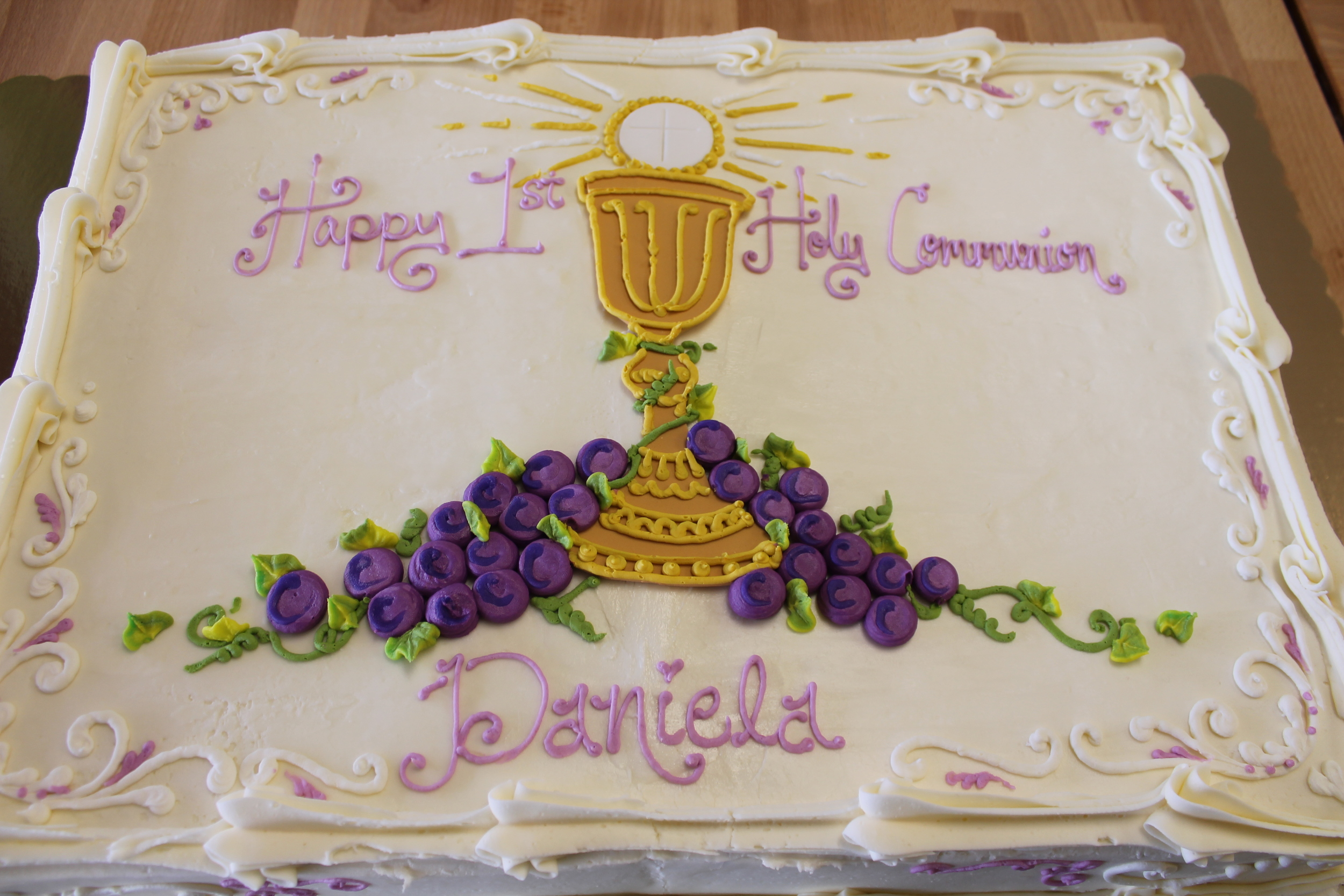 Holy Communion with Chalice Cake 052