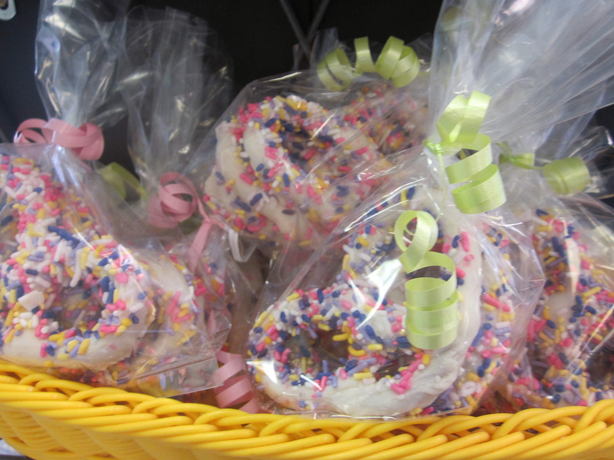 Chocolate Covered Pretzels-Spring