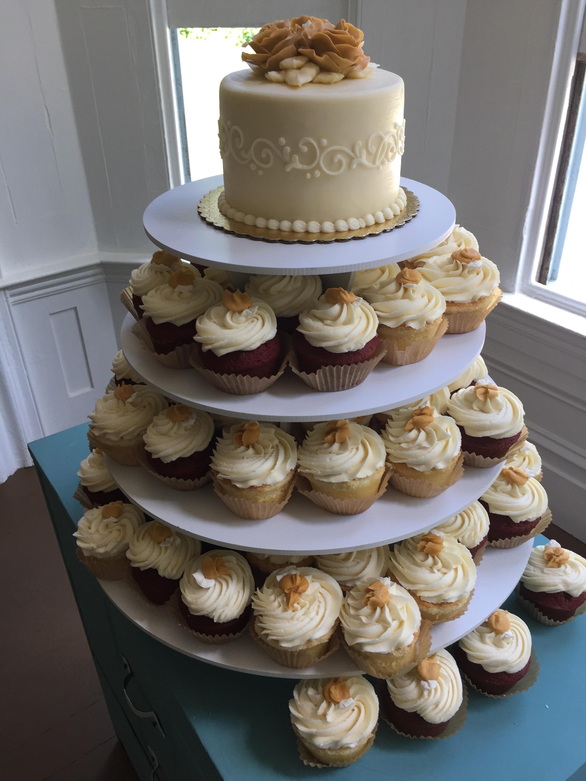 70th Birthday Celebration Cake and Cupcakes