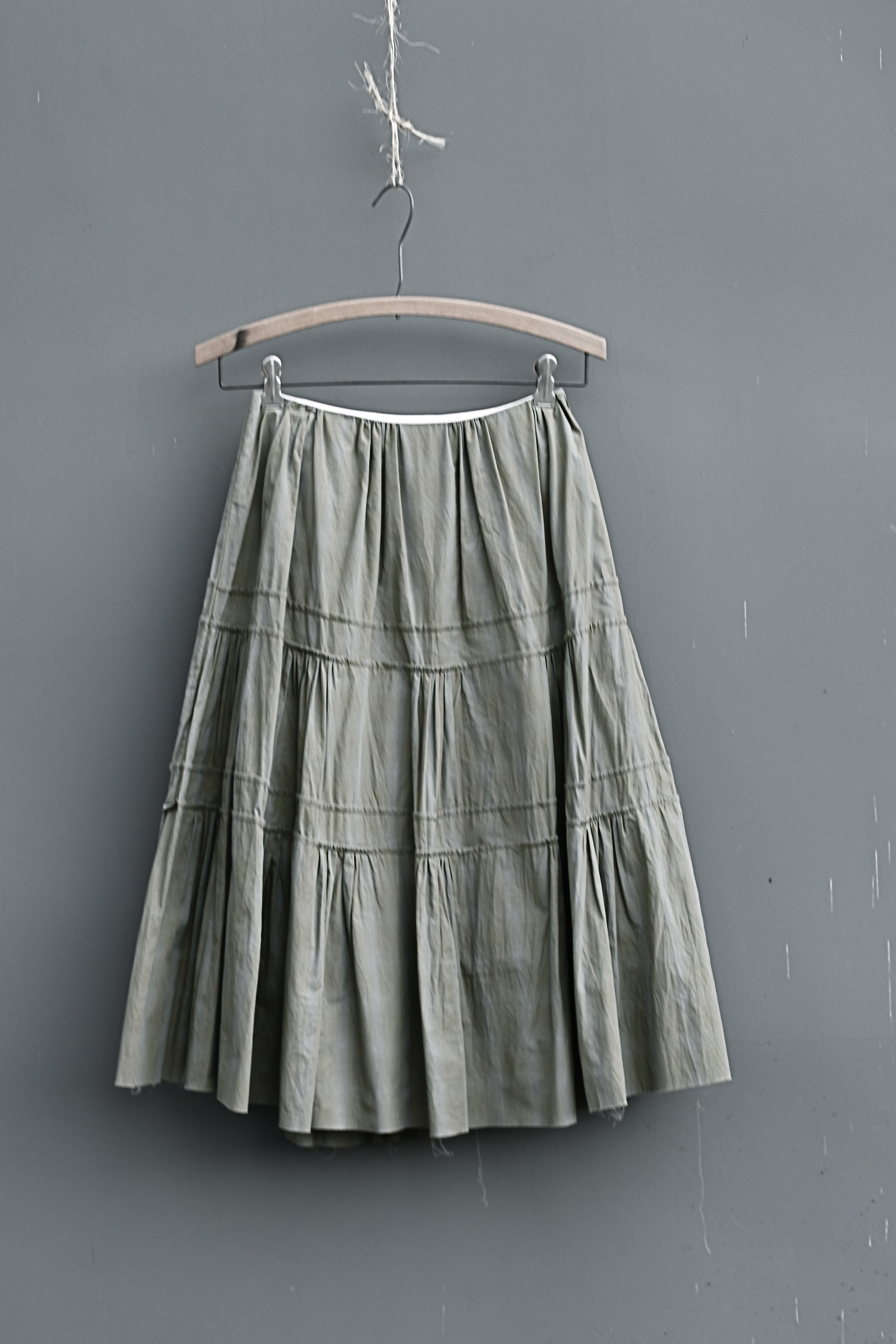 #1022 swan skirt/cotton