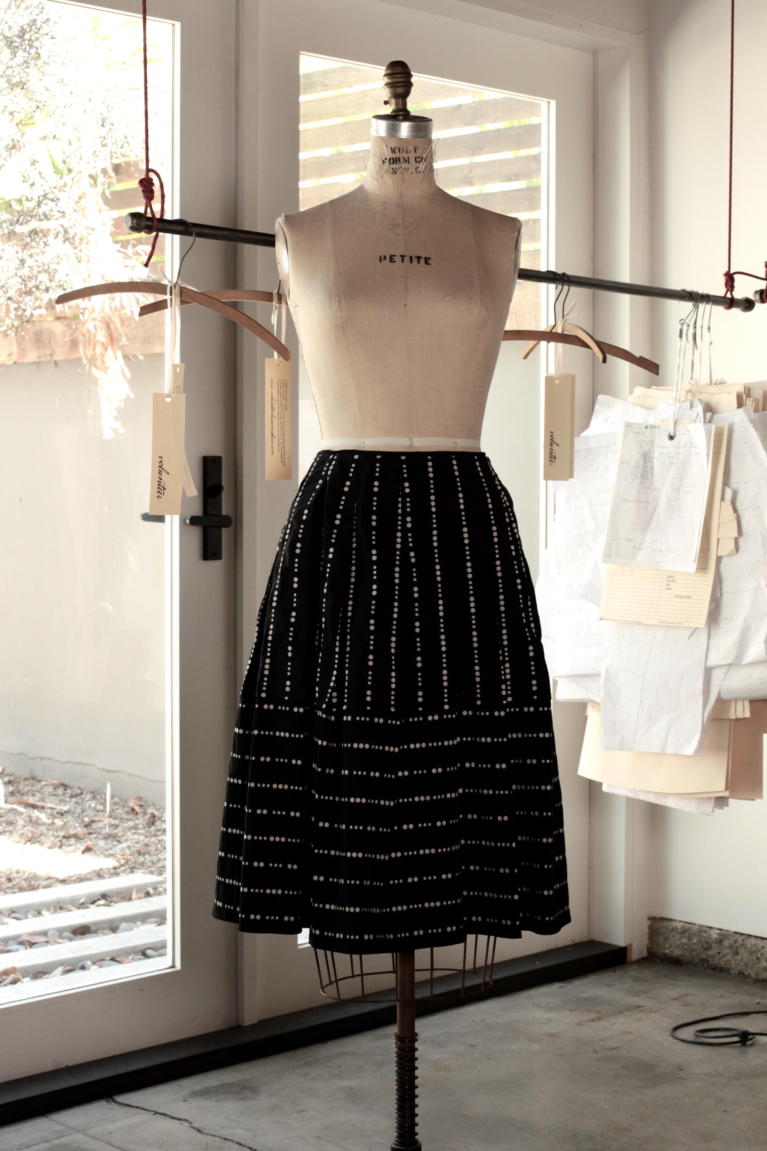 #1002 shell skirt