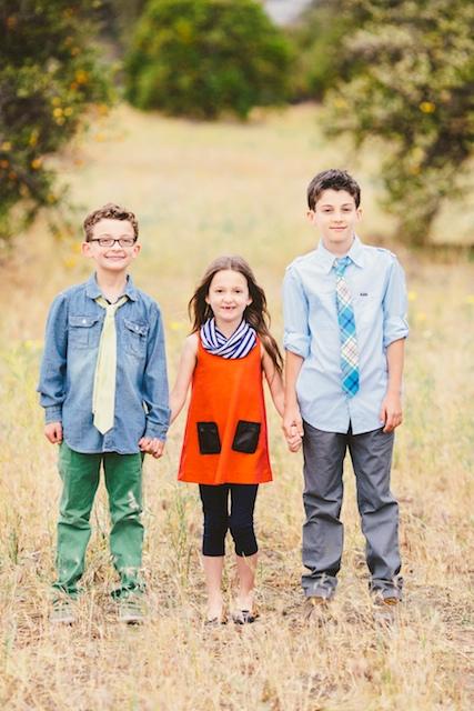 kid photo outfits.jpg