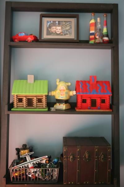 kids bookshelf.jpg