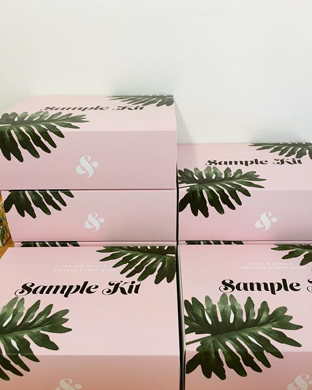 ☁️🐷🌴 #giftbetter #custompackaging #samplekit