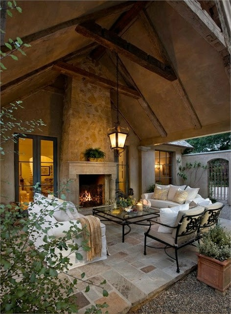 Modern Outdoor Living (1).jpg