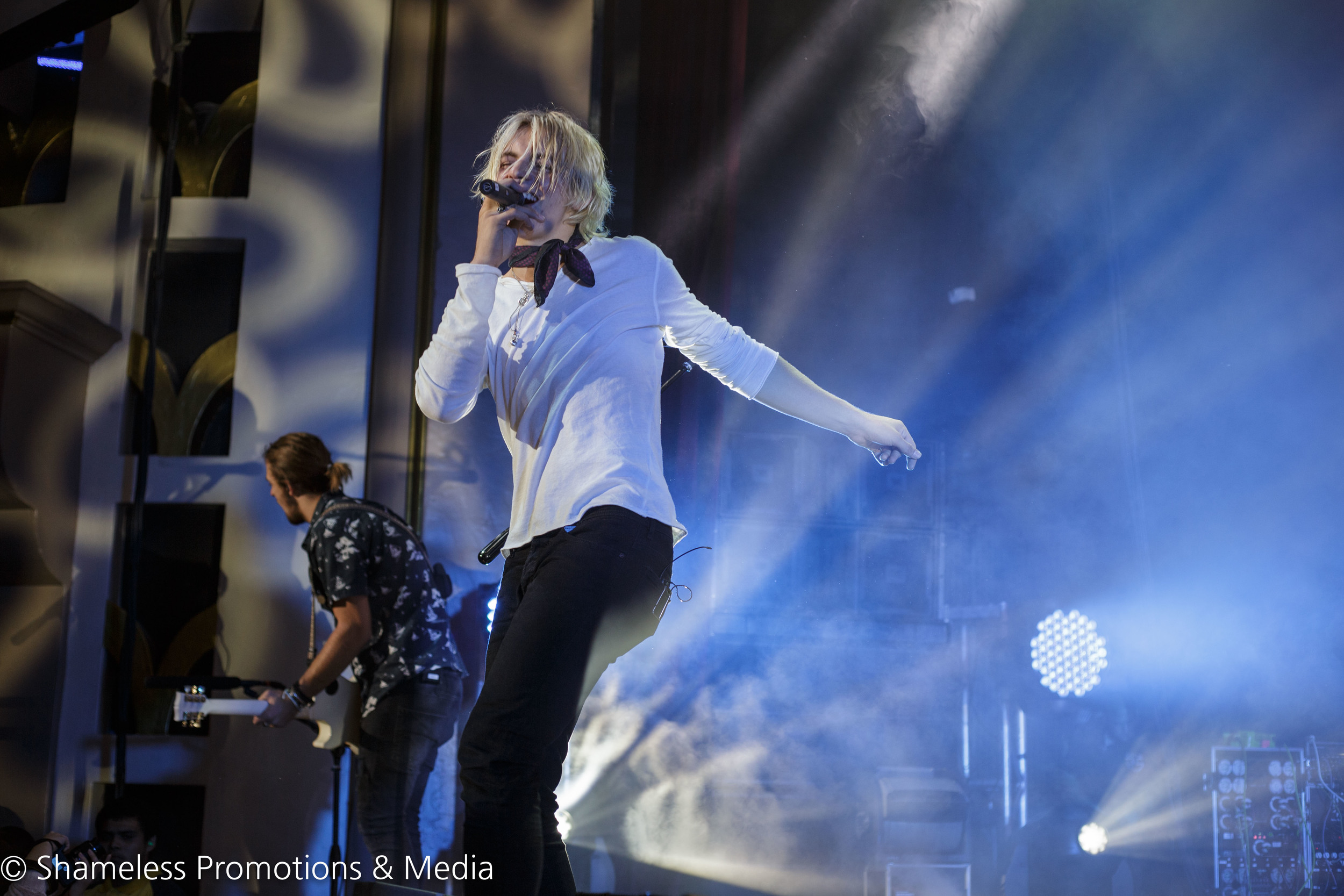 R5 The Sometime Last Night Tour Show Review Shameless Sf
