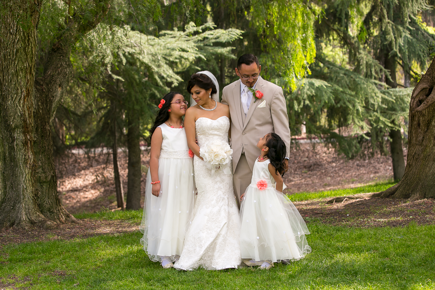 los angeles wedding, love, chris holt photography, happy, mariachi, mexican wedding, bridal portraits, family portraits