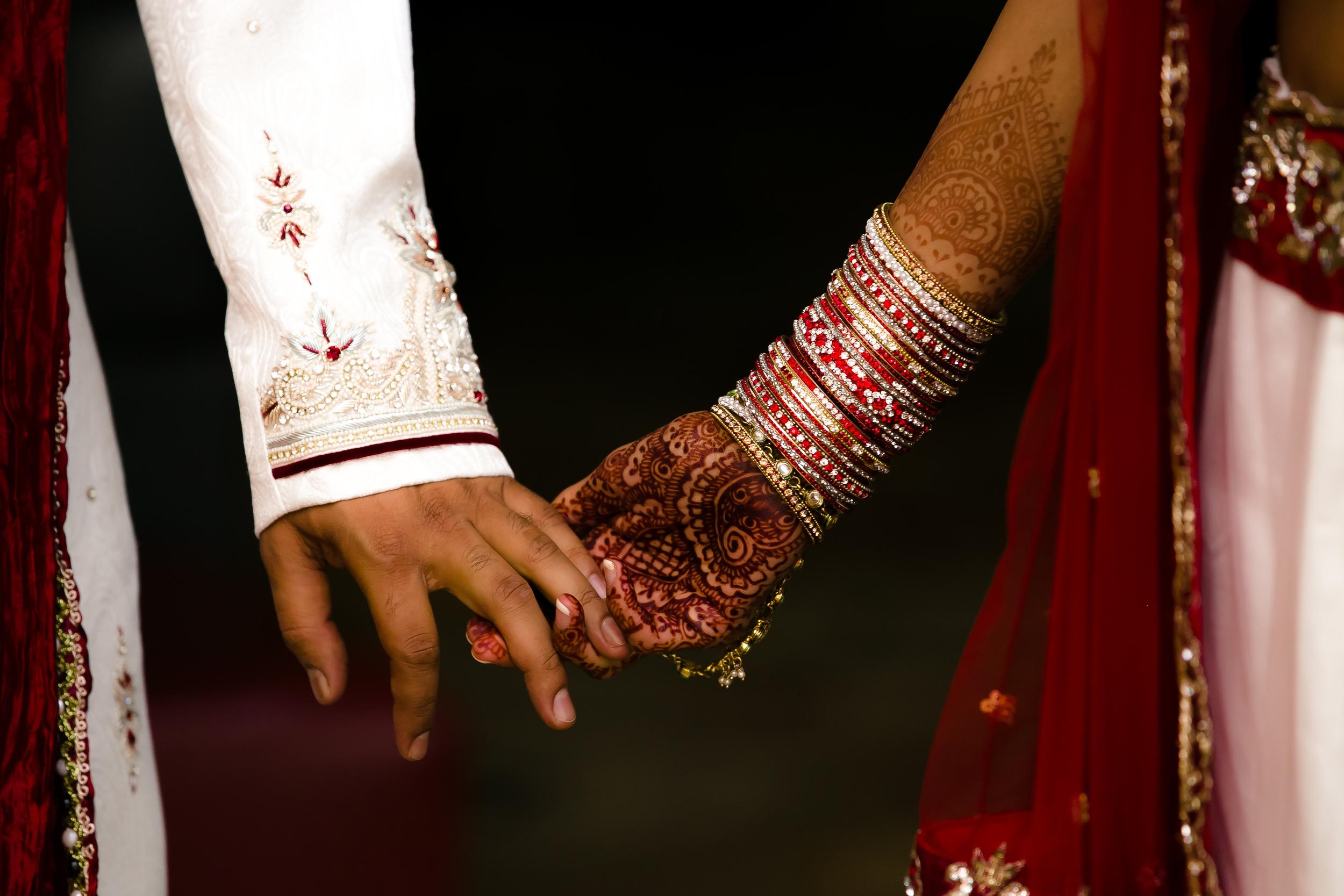SOUTHEAST-ASIAN-INDIAN-WEDDING_017.jpg